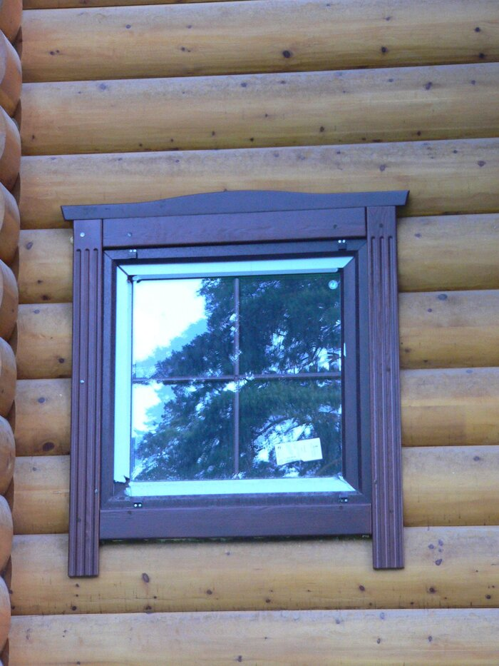 Отделка окон деревянного дома своими руками