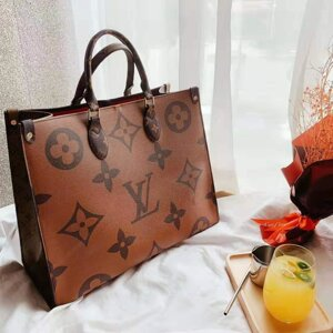 Сумка-Тоут Louis Vuitton Monogram